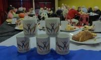 mugs devant